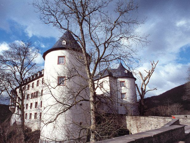 Dating back to the 13th century, the castle complex is located on a rocky outcrop above Bilstein in the Sauerland.