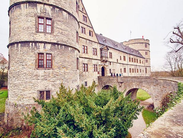 The Youth Hostel is housed inside the Wewelsburg, a triangular castle built at the beginning of the 17th century. The castle can be found in the village of Wewelsburg (population: approximately 2500).