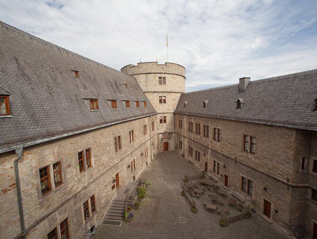 Wewelsburg Youth Hostel is located on the edge of the village of the same name, in the district of Paderborn.