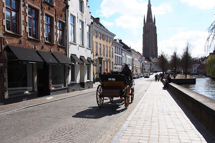 Brugge Entdecken Mit Den Jugendherbergen In Belgien